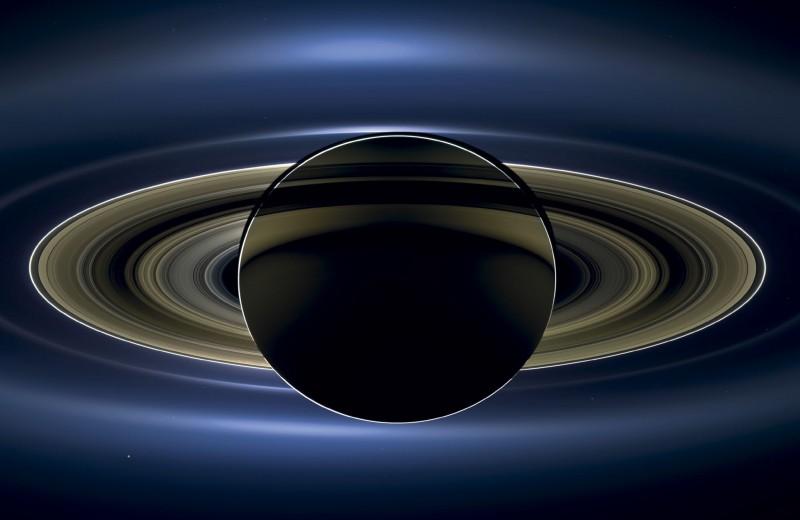 Есть ли жизнь на Сатурне?