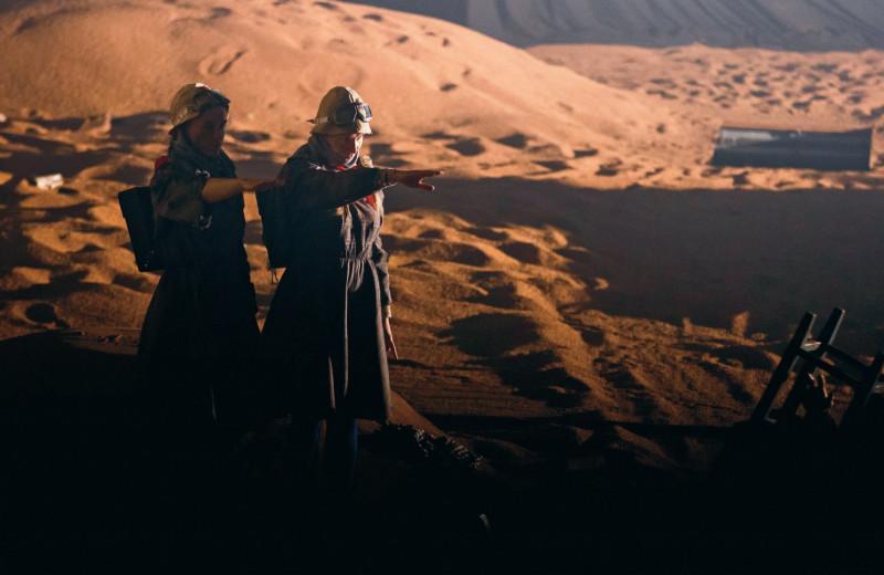 «Три толстяка»: прекрасный и яростный спектакль Андрея Могучего