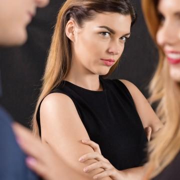 Подруге изменяет муж… молчать или сказать ей?