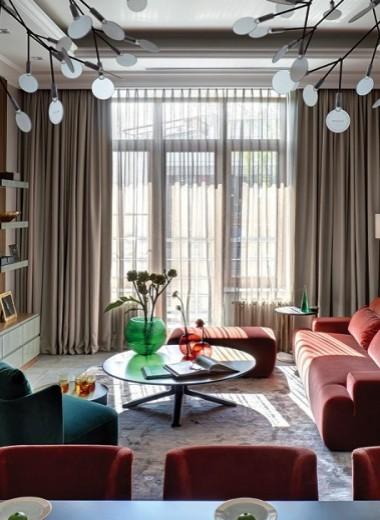 Квартира с яркой мебелью, 50 м²