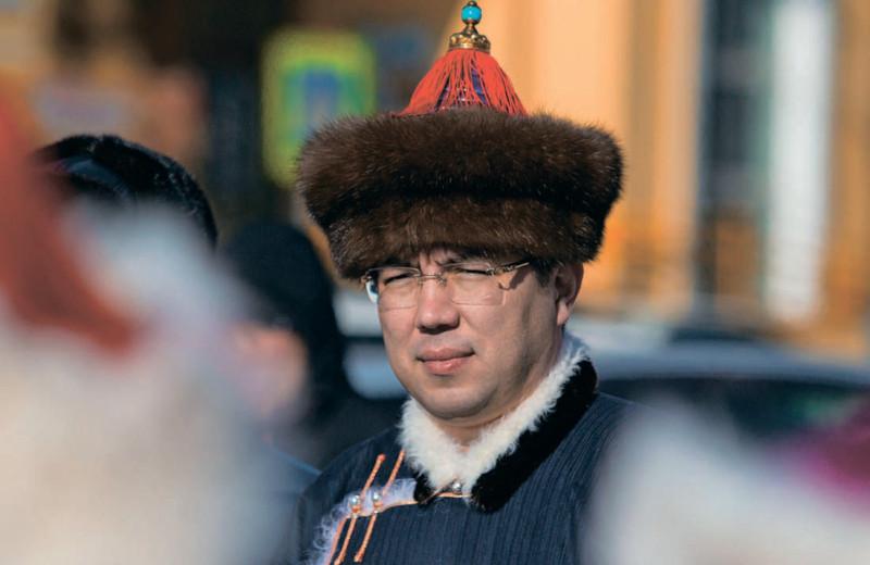 «Там, где тоонто»: как губернатор Алексей Цыденов работает с результатом и мироощущением