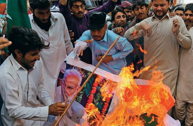 Кто стоит за индо-пакистанской войной