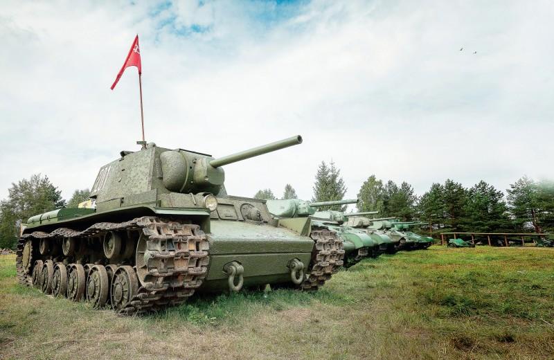 КВ-1 к маршу готов