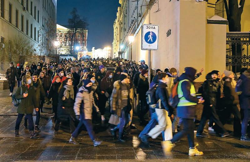 Кто перехватит протест Навального