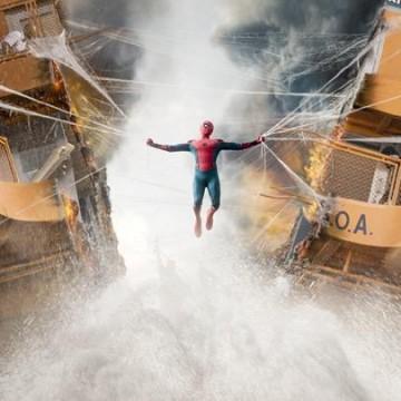 После финальных титров | Человек-паук: Возвращение домой