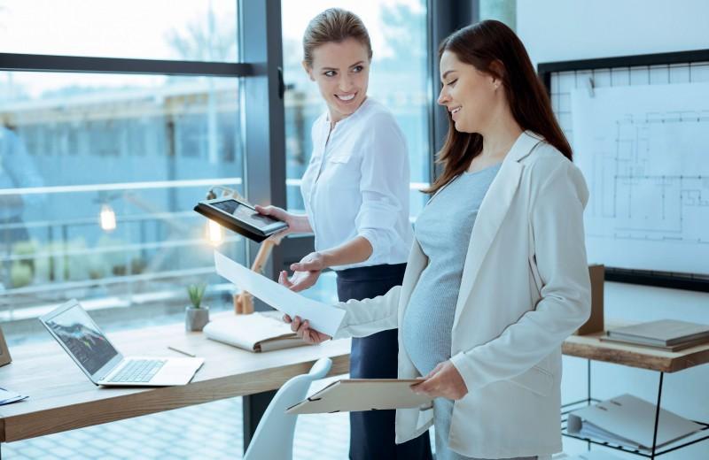 «Злые» офисные болезни: как защититься будущей маме?