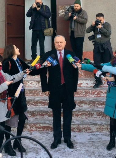 Как смуглянка-молдаванка собирала голоса