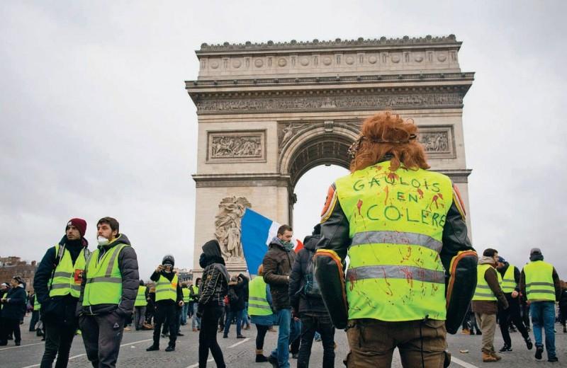 «Желтые жилеты»: революция на развязке